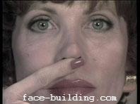Гимнастика для лица Кэрол Мадджио - Упражнение на укорачивание нос